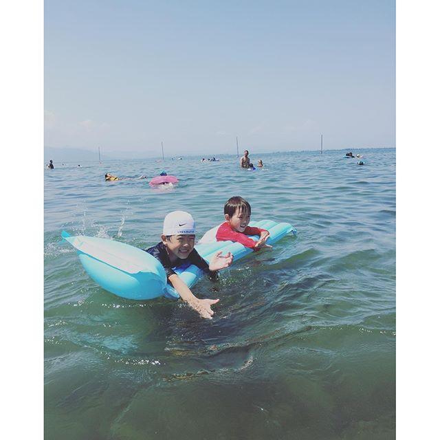 #夏休み#琵琶湖#新海浜#お盆休みの過ごし方#滋賀県やっぱり琵琶湖は涼しいなぁ。各地最高気温が出た昨日は琵琶湖で#淡水浴