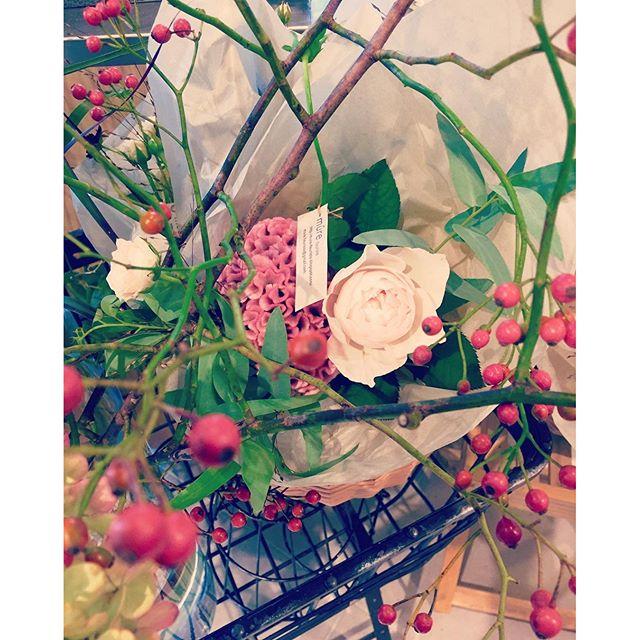 #素敵なこと ちょっとした贈り物に。時々自分のご褒美に。#やっぱり花が好き#メデルガーデン #光葉園