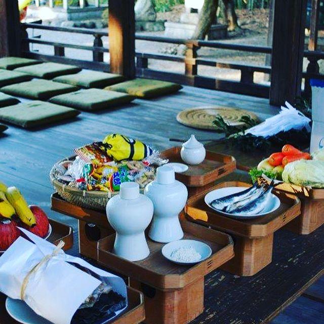 #節分祭先日地元の神社で、節分祭が開催されました。還暦の方が主催となってくださり、今年いろいろと節目にあたる方々を招いて、豆まきを開催、楽しい節分祭でした。わたしはカメラマンさせてもらいました️皆さんのキラキラした笑顔が絶えなくて、楽しい撮影になりました。#滋賀県#節目#節分#地元のお祭り#地元の行事#田舎の良さ#神社#春の始まり#立春#鬼は、外福は内