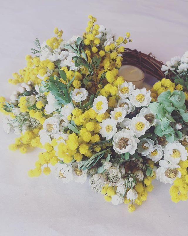 #メデルガーデンのミモザあなたに花を贈りたいと思わせてくれる、大切な大好きな人♡ありがとう。#ミモザリース #花かんざし#春のリース#贈り物#アフターガーデニング#庭の楽しみ#メデルガーデン